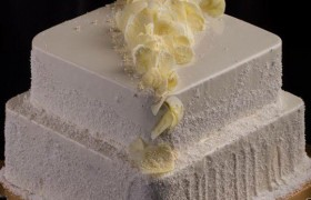 Svadebnyiy-tort-kvadratnyiy