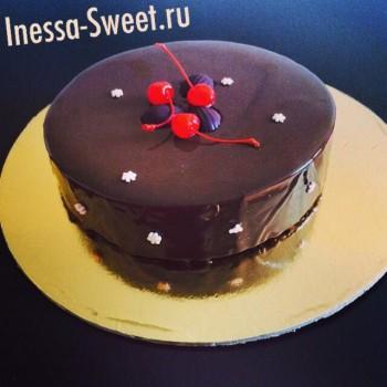 shokoladnyiy-tort-s-vishney
